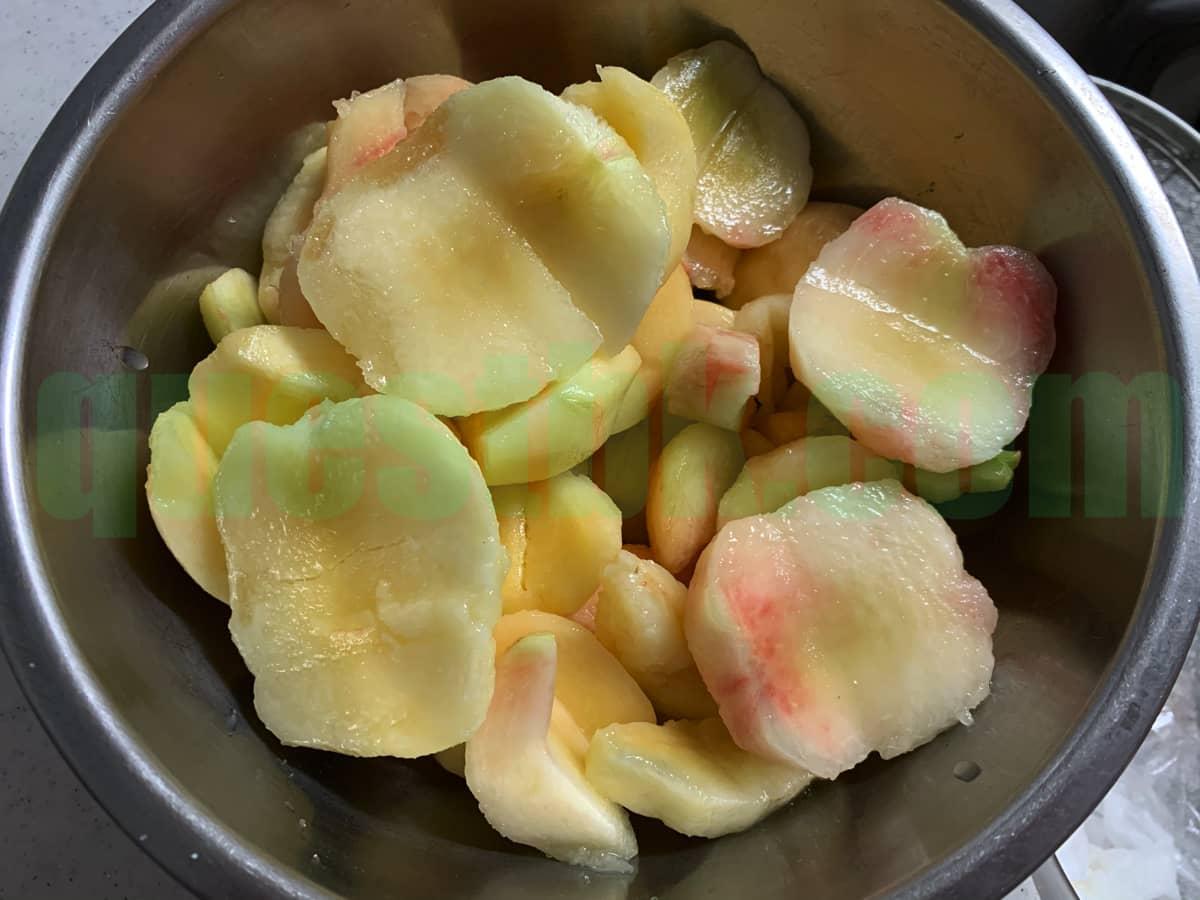 長田の桃のコンポート クエン酸投入